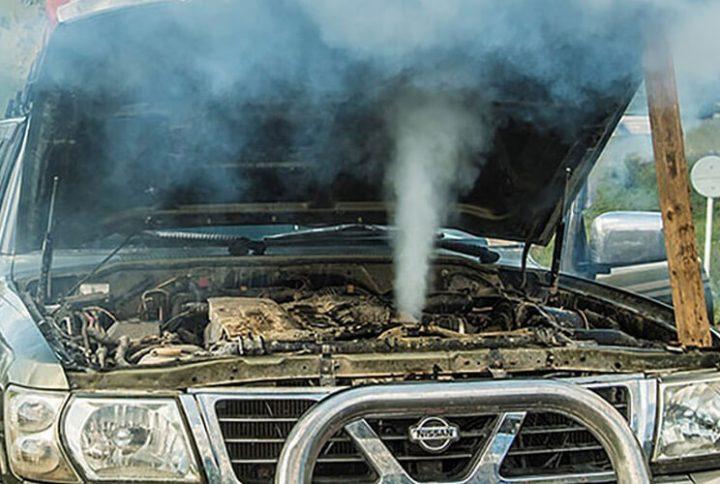 10 علت داغ شدن موتور خودرو و چگونگی ح